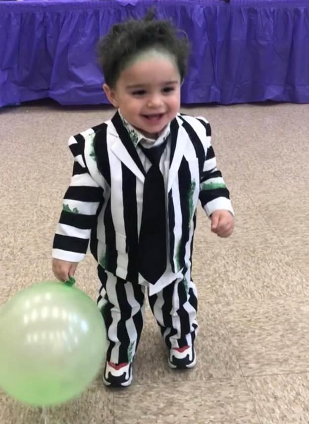 9-DIY-Toddler-Beetlejuice-Costume