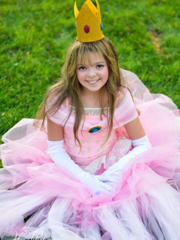DIY Princess Peach Costume Ideas