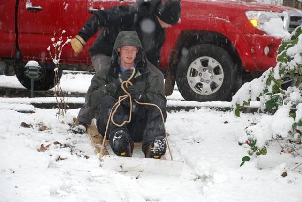 1-DIY-Homemade-Snow-Sled