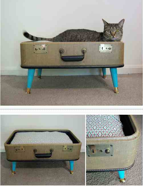 1-Suitcase-Pet-Bedding