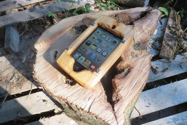 10-DIY-Wooden-Phone-Case