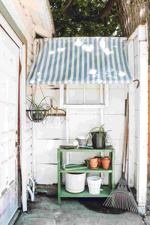 15-Backyard-Storage-Awning