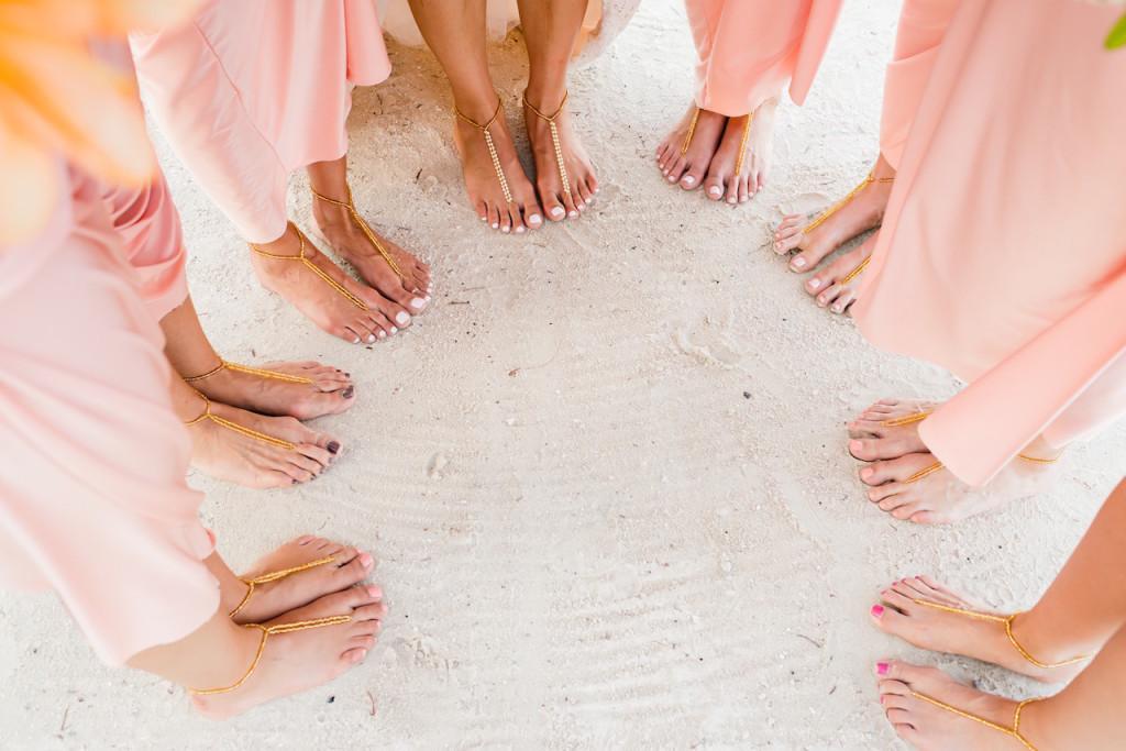 16-DIY-Barefoot-Sandals-For-Beach-Wedding
