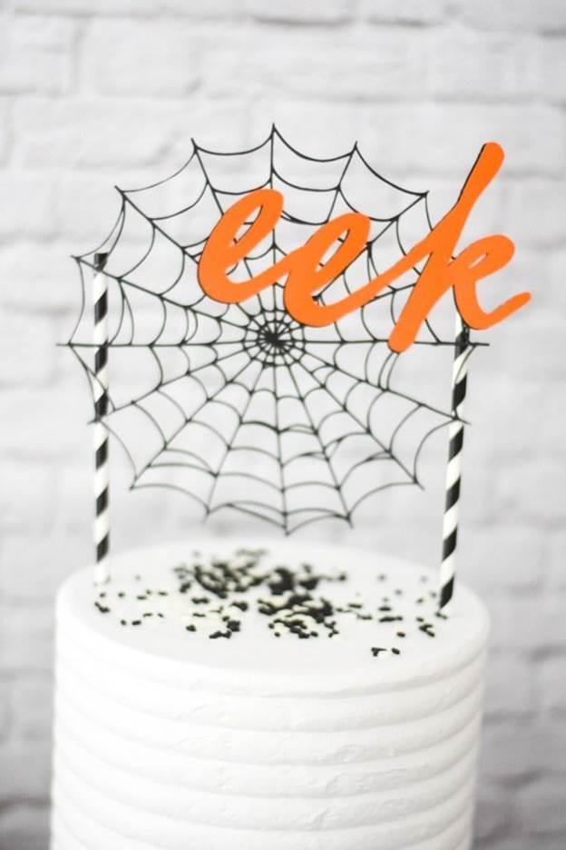 17-DIY-Halloween-Cake-Topper
