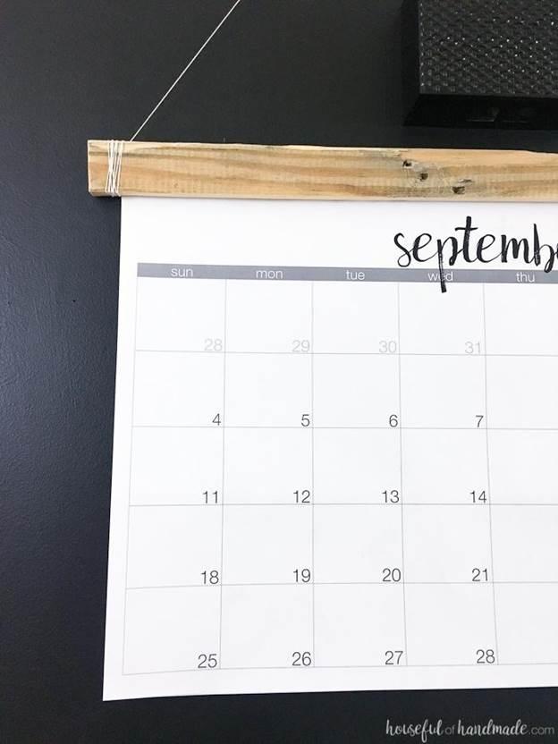 18-DIY-Rustic-Wall-Calendar