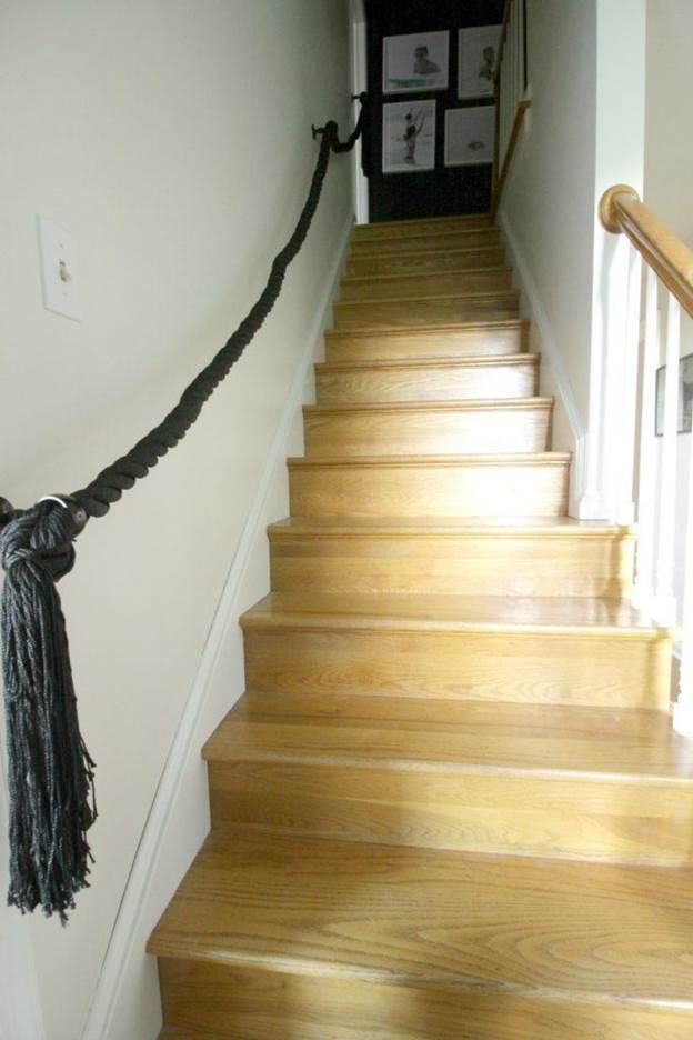 20-DIY-Rope-Stair-Railing