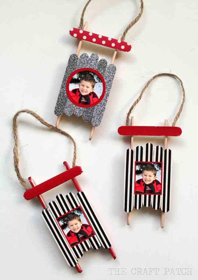 21-DIY-Christmas-Sled-Ornament
