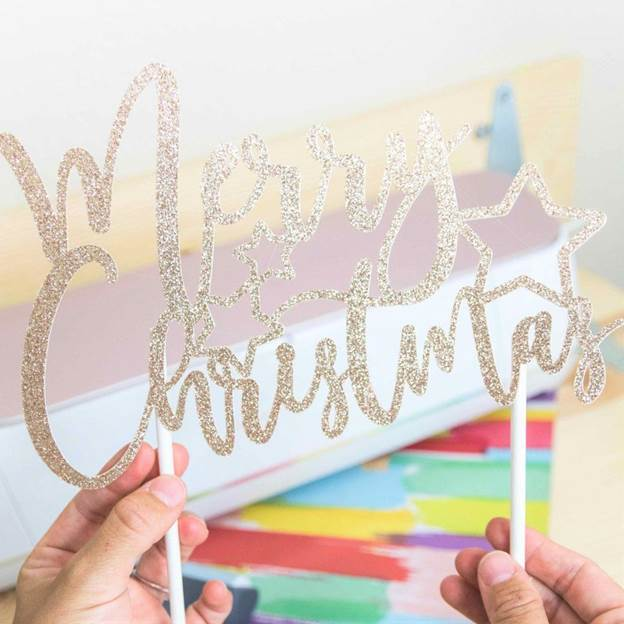 3-DIY-Cake-Toppers-With-Cricut