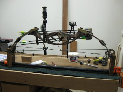4-DIY-Bow-Press-For-$25