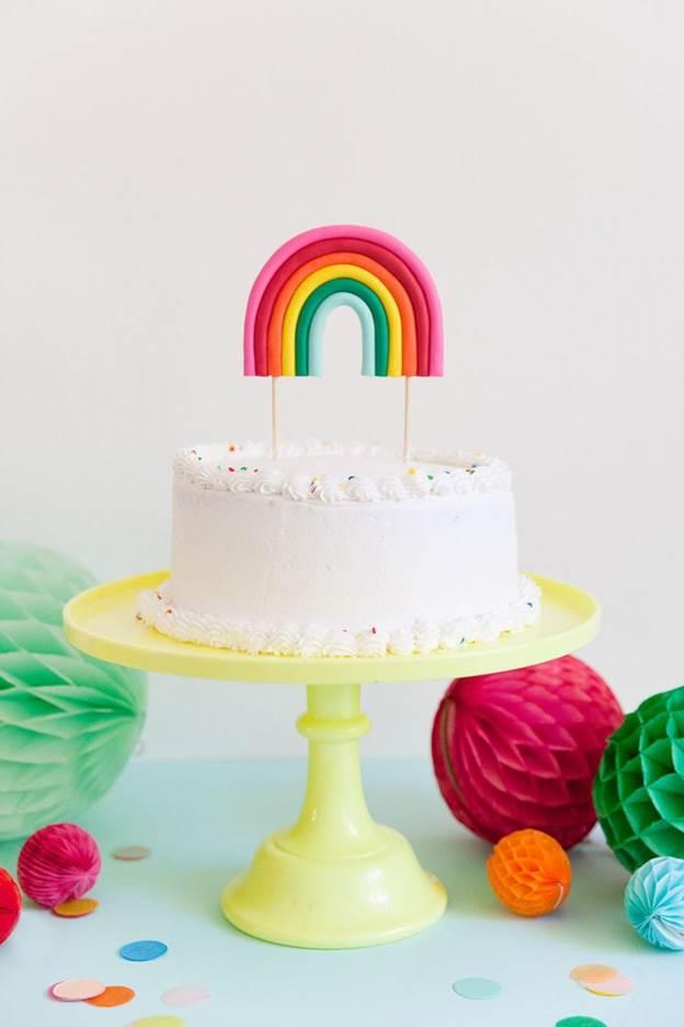 7-DIY-Rainbow-Cake-Topper