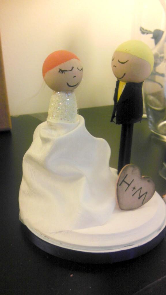 8-DIY-Cake-Topper