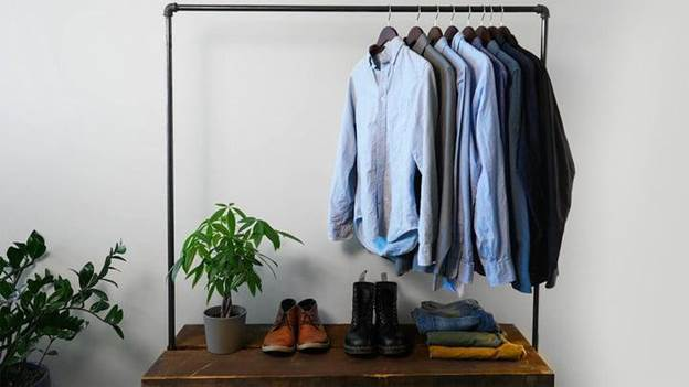 9-DIY-Industrial-Clothing-Rack