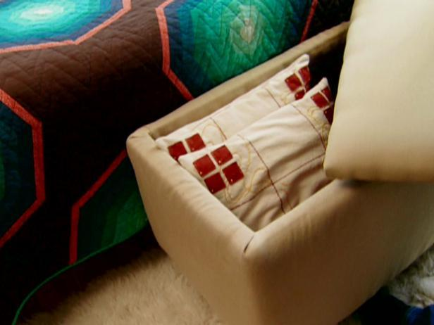 9-How-To-Build-A-Padded-Ottoman