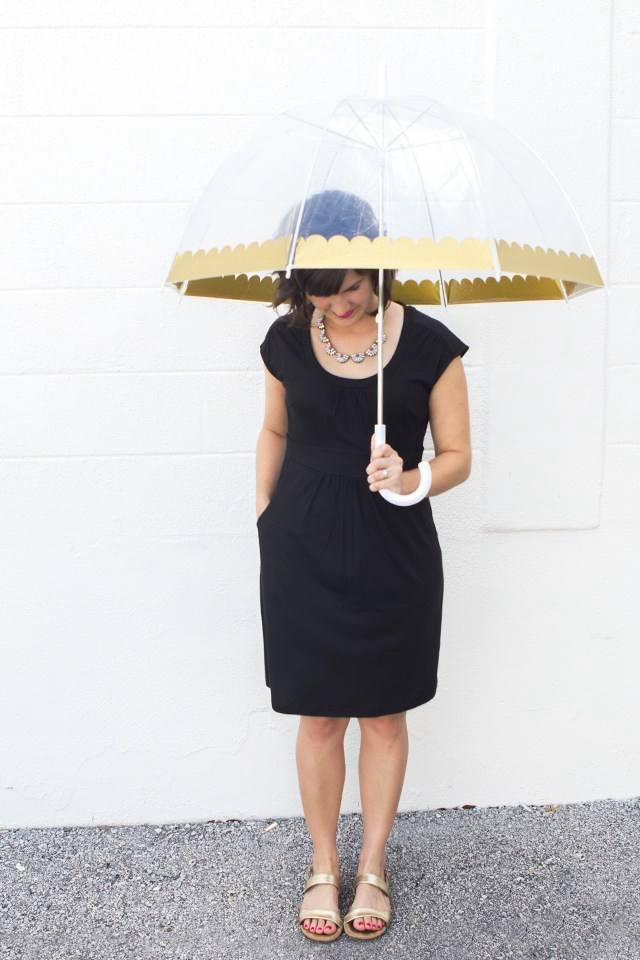 10. Gold Scalloped Umbrella