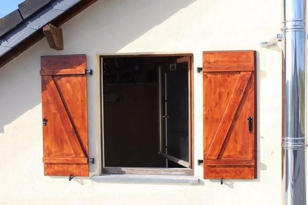 14-DIY-Window-Shutters