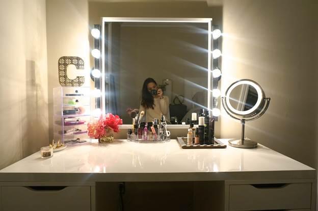 15. DIY Makeup Vanity Table