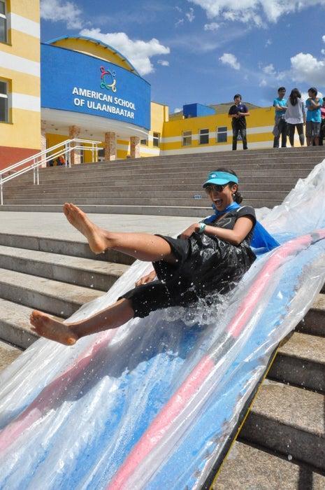 17-DIY-Water-Slide