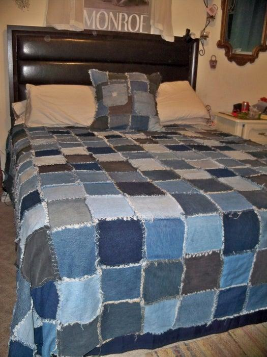 18-Homemade-Denim-Rag-Quilt