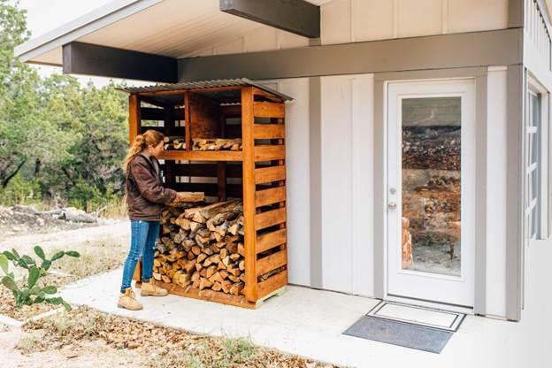 20-DIY-Outdoor-Firewood-Rack