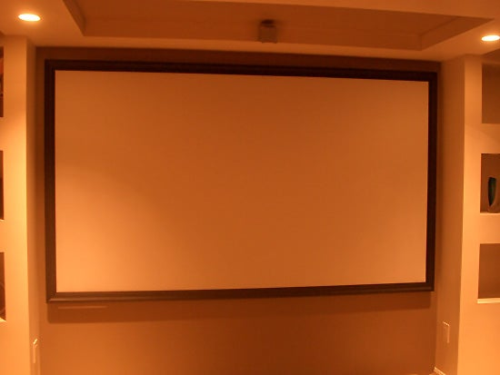 3-Indoor-Theater-Screen