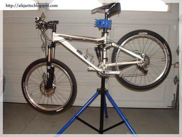 4-DIY-Portable-Bike-Repair-Stand