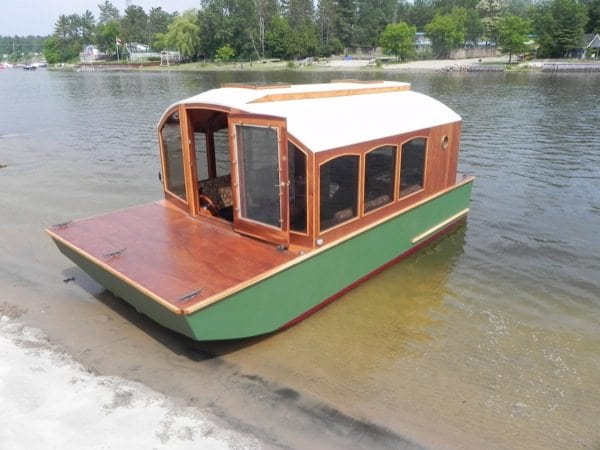 4. Simple Houseboat Details