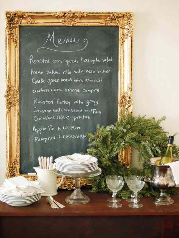 7-DIY-Framed-Chalkboard