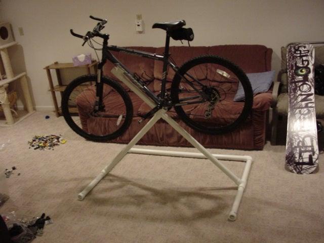 7-DIY-PVC-Bike-Repair-Stand