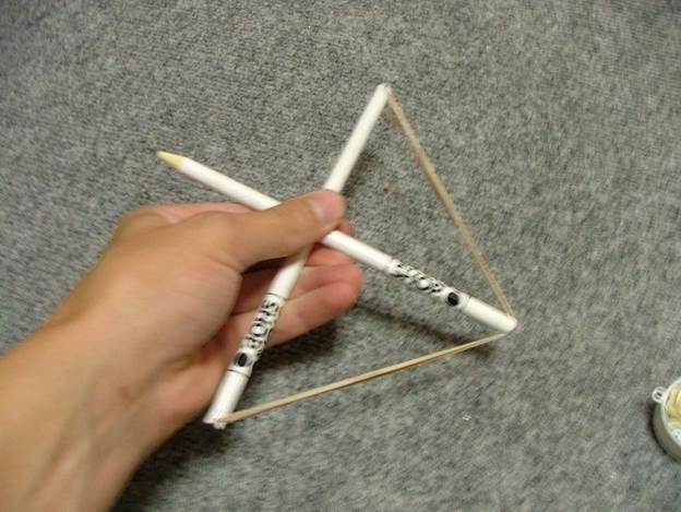 7-DIY-Pencil-Crossbow