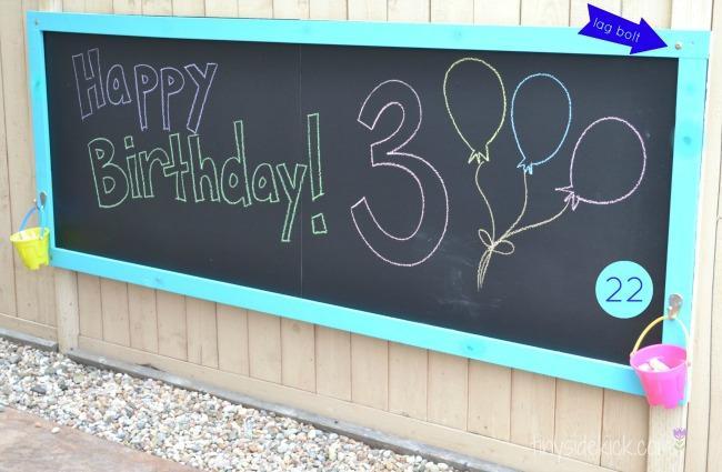8-DIY-Chalkboard-Outdoor