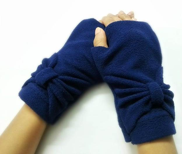 8-DIY-Fleece-Hand-Warmer