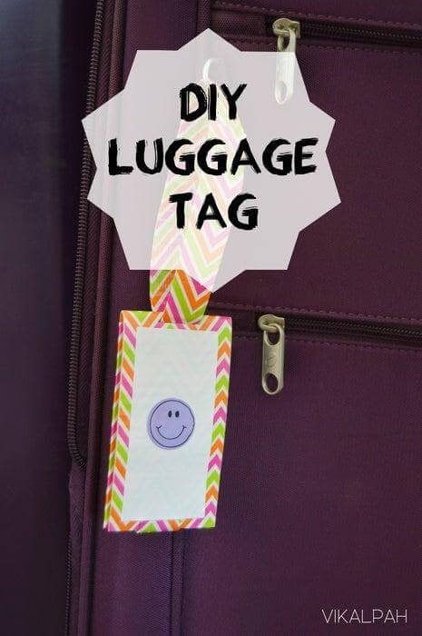 1. DIY Luggage Tag Using Duct Tape