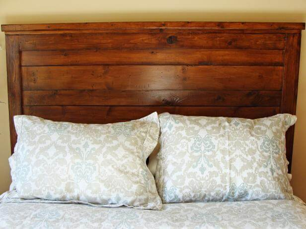 10.Whitewood DIY Rustic Headboard
