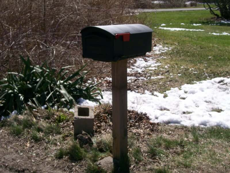 12. Swivel DIY Mailbox Post