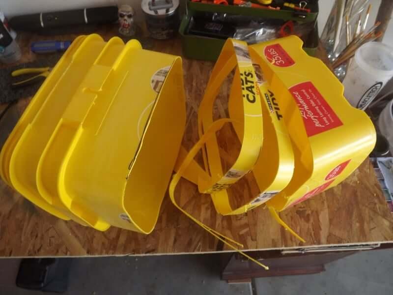 13. Homemade Litter Box DIY