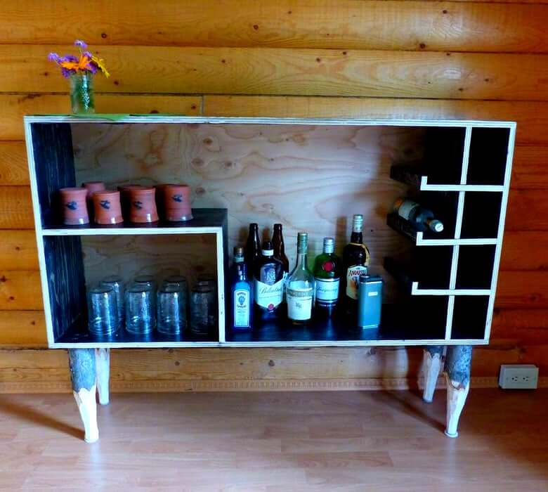 16. Yukon Liquor Cabinet DIY