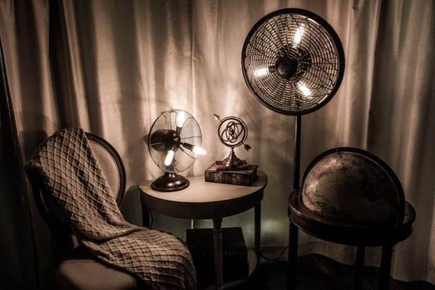 17. DIY Lamp Fan