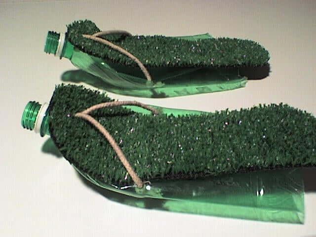 20. Plastic sandals DIY