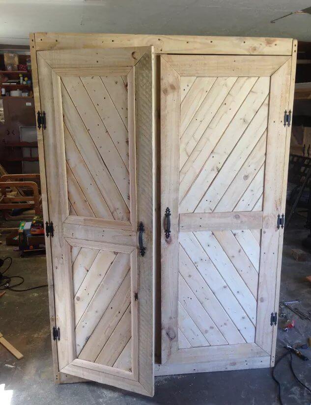 21. DIY Pallet Gun Cabinet