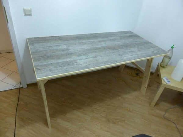 24. Vinyl Flooring Table Top DIY