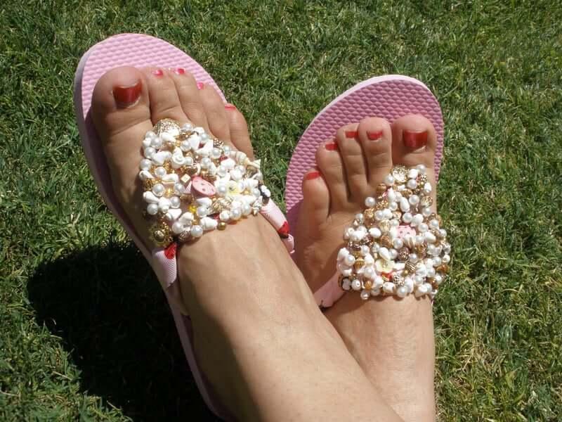 30. Bead Embedded Sandals DIY