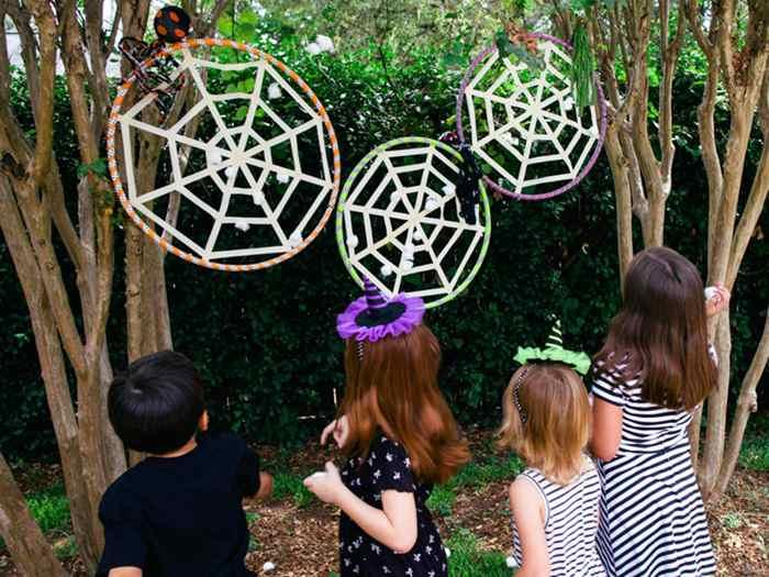 5.Kids DIY Hula Hoops Spider Web