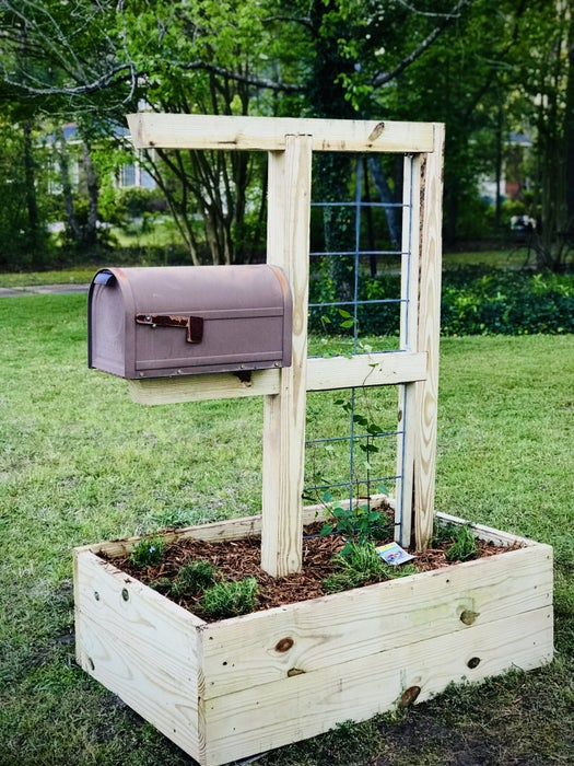7. DIY Mailbox Post With Trellis And Garden Box