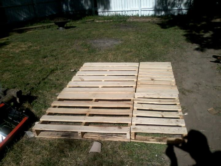 7. DIY Pallet Wood Bed Frame