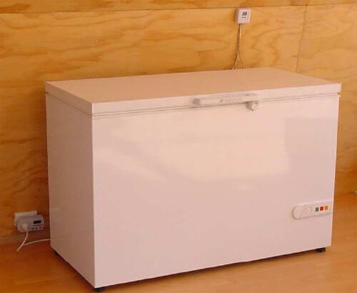 8. DIY Energy Saving Fridge