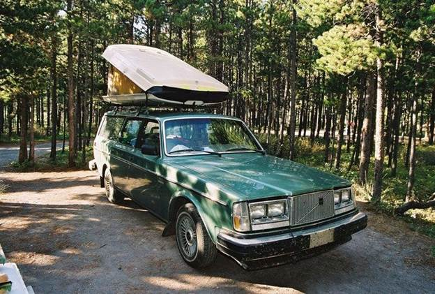 8. Rooftop Car Camper DIY