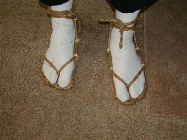 9. Making Waraji Sandals DIY