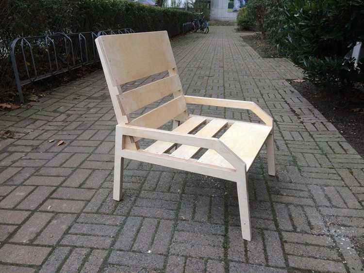 1. DIY Plywood Lounge Chair