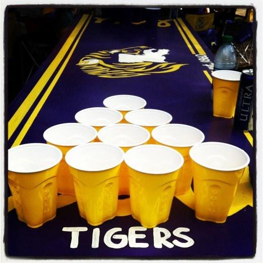 11. DIY Beer Pong Table