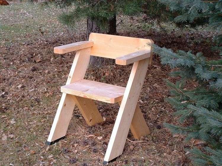 14. DIY Outdoor Chair